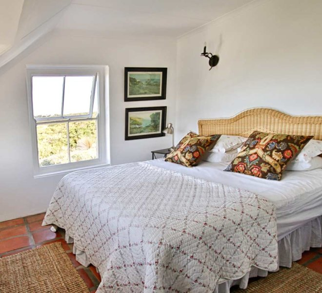 Accommodation in The Loft on Oudewerfskloof Olive Farm in Stilbaai