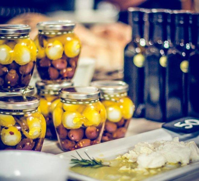 Oudewerfskloof Olive Farm Valley Market